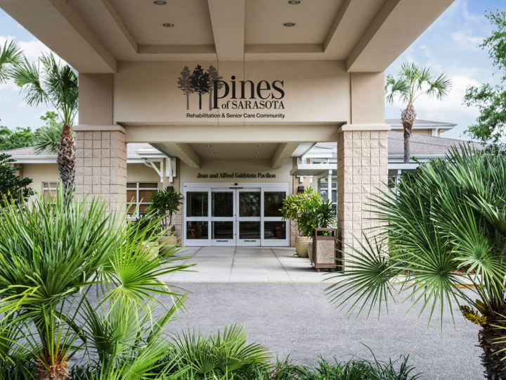 Skilled Nursing│Specialty Care│Pines of Sarasota